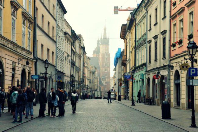 Blick von der Szpitalna auf die Marienkirche