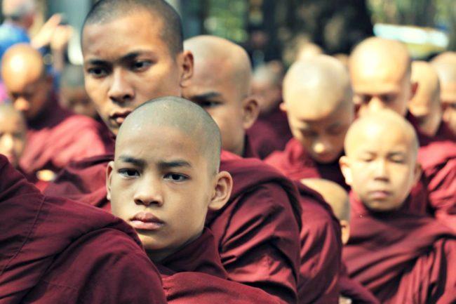 Mönchsspeisung Amarapura