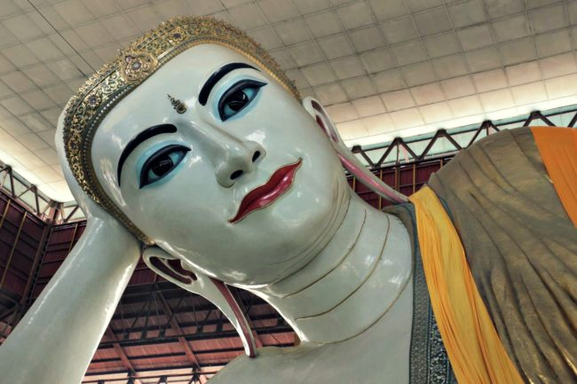 Liegender Buddha in der Chauk Htat Gyi Pagode