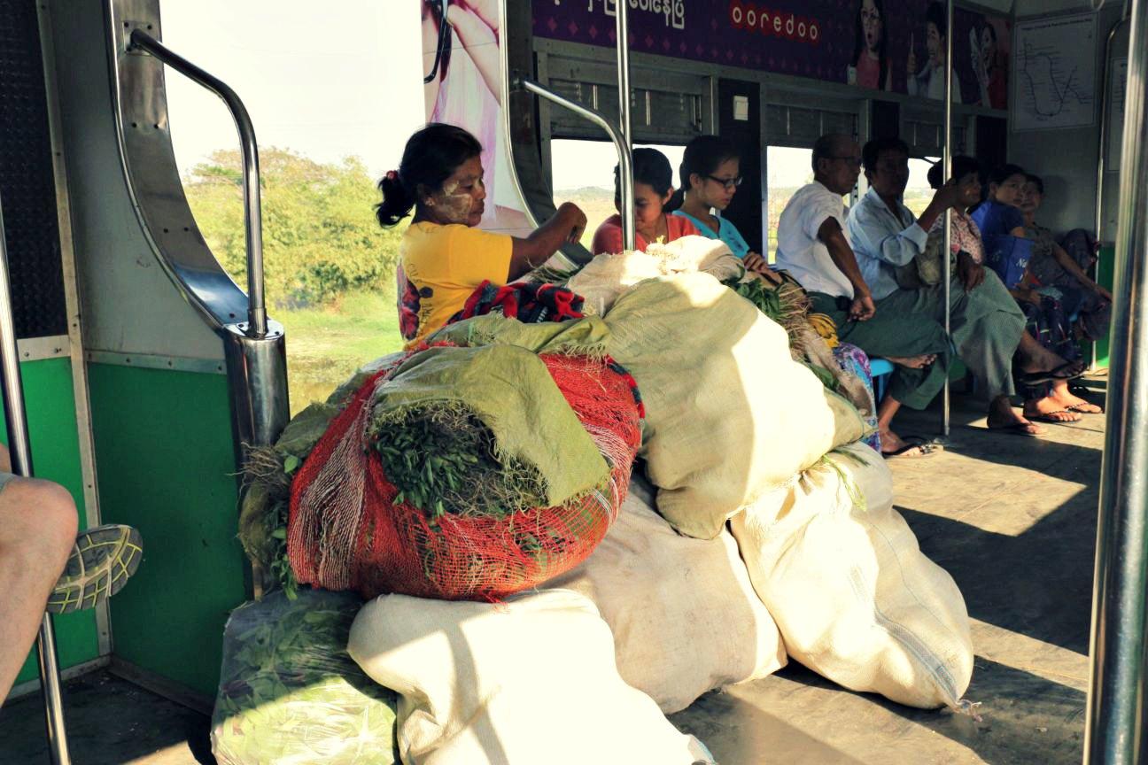 Gepäck Circle Line Yangon