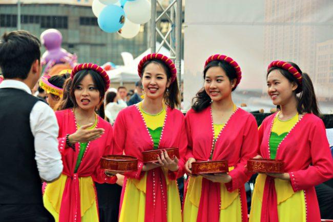 vietnamesinnen dong xuan center