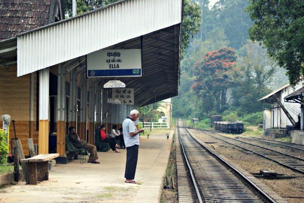 Bahnhof in Ella