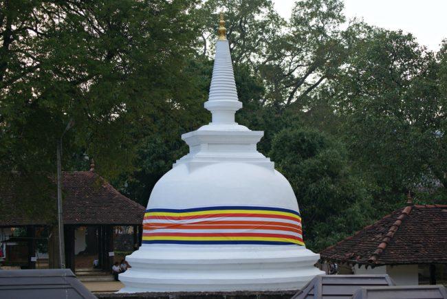stupa zahntempel kandy
