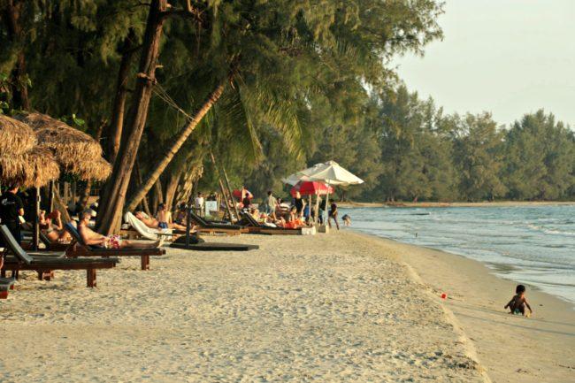 Blick auf den Otres Strand in Sihanoukville
