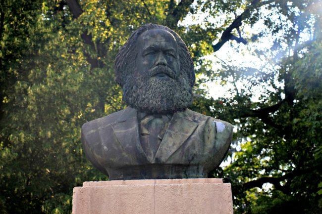 Karl Marx Denkmal