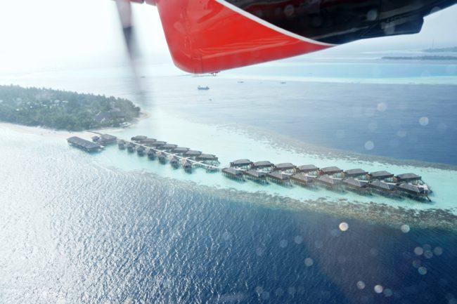 malediven aus dem wasserflugzeug