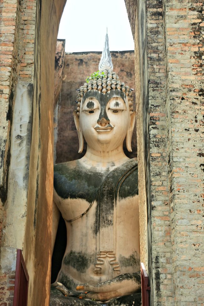 buddha in wat si chum