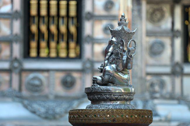 silberner ganesha tempel chiang mai