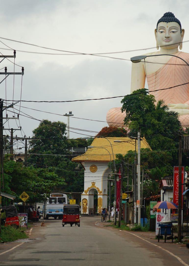 Buddha am Kande Viharaya Tempel in Aluthgama
